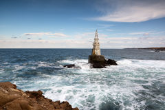 Latarnia morska w porcie Ahtopol, Czarny morze, Bułgaria Obrazy Royalty Free