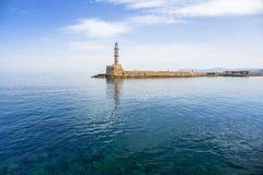 Latarnia morska w starym schronieniu Chania na Crete Zdjęcie Stock