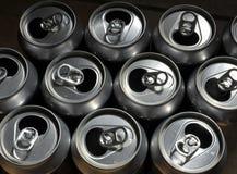 Latas de aluminio foto de archivo