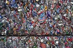 Latas de aluminio machacadas Imagen de archivo libre de regalías