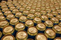 Latas de cerveza fotografía de archivo