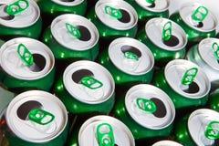 Latas de cerveza de aluminio. fondo abstracto Fotografía de archivo