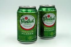 Latas de cerveza de Grolsch del holandés fotos de archivo