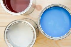 Latas de pintura de hogar Foto de archivo libre de regalías