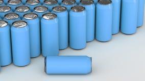 Latas de soda azules grandes en el fondo blanco Imagen de archivo