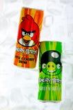 Latas irritadas da bebida dos pássaros Imagens de Stock Royalty Free