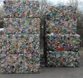 Latas recicladas 2 fotos de archivo libres de regalías