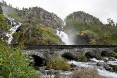 latefossen den tvilling- vattenfallet Fotografering för Bildbyråer