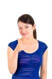Lateinische Mädchenaufstellung des schönen jungen Brunette Lizenzfreie Stockfotos