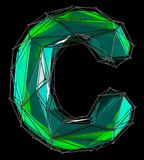 Lateinischer ernstlichbuchstabe C in der grünen Farbe der niedrigen Polyart lokalisiert auf schwarzem Hintergrund Stockfoto