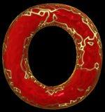 Lateinischer ernstlichbuchstabe O in der roten Farbe der niedrigen Polyart lokalisiert auf schwarzem Hintergrund Stockfotografie