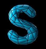 Lateinischer ernstlichbuchstabe S im blauen Plastik der niedrigen Polyart Farblokalisiert auf schwarzem Hintergrund Lizenzfreies Stockfoto