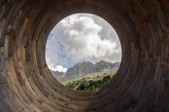 Latemar masyw widzieć od ` oka dolomity, ` na Latemarium, zdjęcie stock