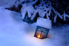Latern avec la neige Image stock