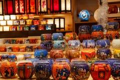 Laterne auf Weihnachtsmarkt Stockfoto