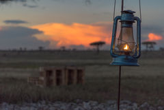 Laterne bei Sonnenuntergang Stockbild