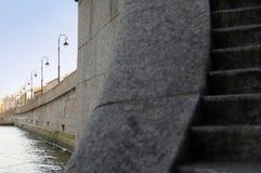 Laternen auf dem Stein Lizenzfreie Stockfotos