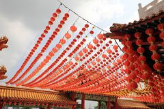 Laternen am chinesischen Tempel Lizenzfreie Stockbilder