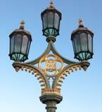 Laternenpfahl auf Westminster-Brücke lizenzfreies stockbild