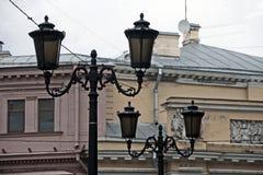 Laterns на старом фасаде Стоковое фото RF