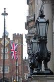 Laterns på den London gatan Royaltyfri Bild