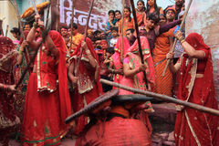 Lathmar Holi świętowanie przy Nandgaon Zdjęcia Royalty Free