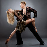 Latijnse dansers Stock Foto's