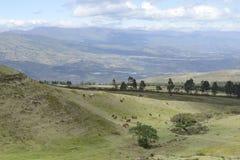 Latijnse Latijns-Amerikaanse schilderachtige bergmening Stock Foto's