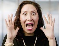 latinamerikansk skrikig kvinna fotografering för bildbyråer