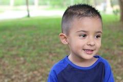 Latino kind met exemplaarruimte royalty-vrije stock fotografie
