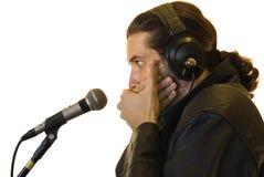Latino-Rockstar Burped in einer Live-Show Lizenzfreie Stockfotos