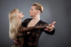 latinska dansare Royaltyfri Foto