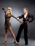 latinska dansare Arkivfoton