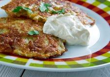 Latkes del pancake di patata Immagine Stock