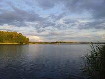 Lato czas w jeziorze Avilys Zdjęcie Royalty Free