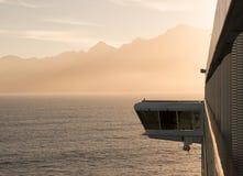 Lato della nave da crociera che naviga a Milford Sound Fotografie Stock