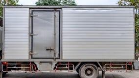 Lato della porta del contenitore di alluminio del carico del camion Fotografia Stock