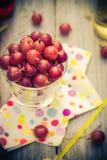 Lato deserowej owoc agrestowi kolorowi napoje Fotografia Royalty Free