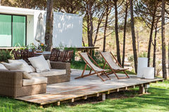 Lato domu pokład z krzesłami Obrazy Royalty Free