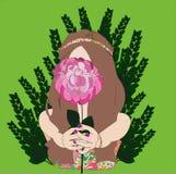 Lato dziewczyna z kwiat peonią, patrzeje w ten sposób dobrą Zdjęcie Royalty Free
