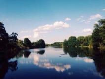 Lato jezioro Zdjęcia Stock