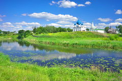 Lato krajobraz w Suzdal Obraz Royalty Free