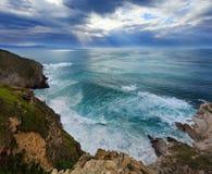 Lato oceanu zatoki linii brzegowej widok blisko Gorliz miasteczka Hiszpania Obrazy Royalty Free