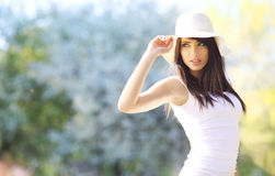 lato piękna parkowa kobieta Obrazy Stock