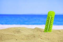 Lato piaskowata plaża - temrerature Obraz Stock