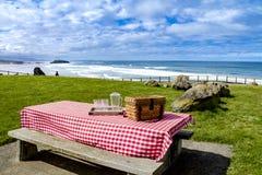 Lato pinkin przy Pacyficznego oceanu parkiem Obrazy Royalty Free