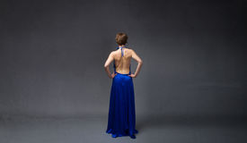 Lato posteriore della ragazza elegante immagini stock