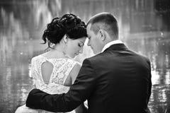 Lato rocznika zmysłowy plenerowy portret ładna potomstwo mody para w miłości Obraz Stock