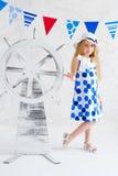 Lato stylowa dziewczyna w mody sukni Obrazy Stock