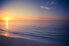 Lato turystyki plażowego wakacje podróży tła wakacyjny pojęcie Relaksującego szczęścia romantyczna idylliczna rodzinna romantyczn Obrazy Royalty Free